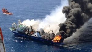 incendio-buque-canarias-32