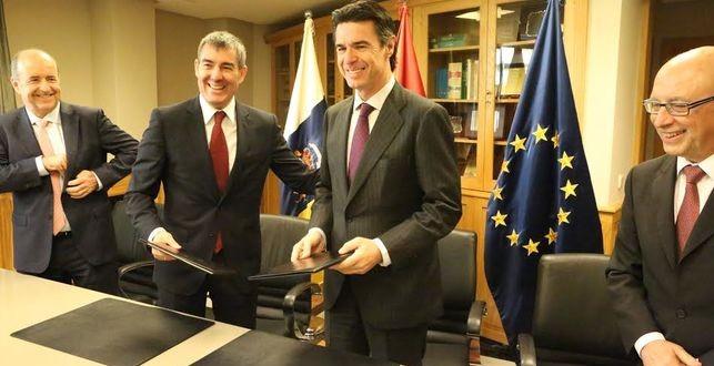 El Presidente de Canarias defiende a Soria, pero no en mi nombre.