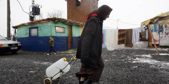 Pobreza en Canarias (III): y huérfanos, además de pobres.
